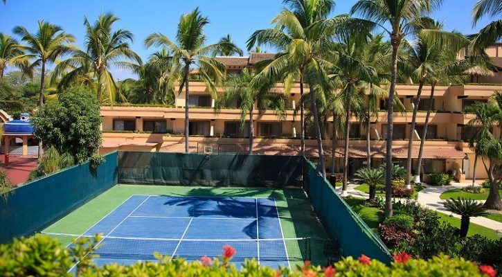Tennis Court at Villa del Mar Timeshare Puerto Vallarta