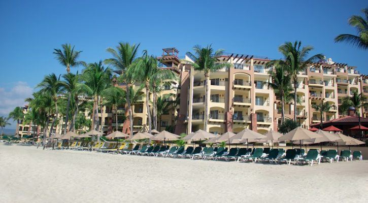Villa del Palmar Resorts in Banderas Bay